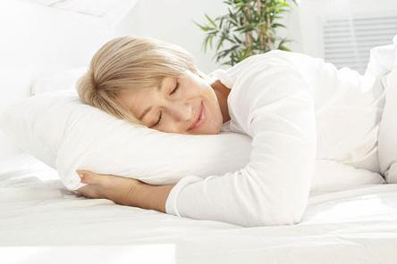 The Dunlopillo. The latex pillow for a perfect night's sleep.